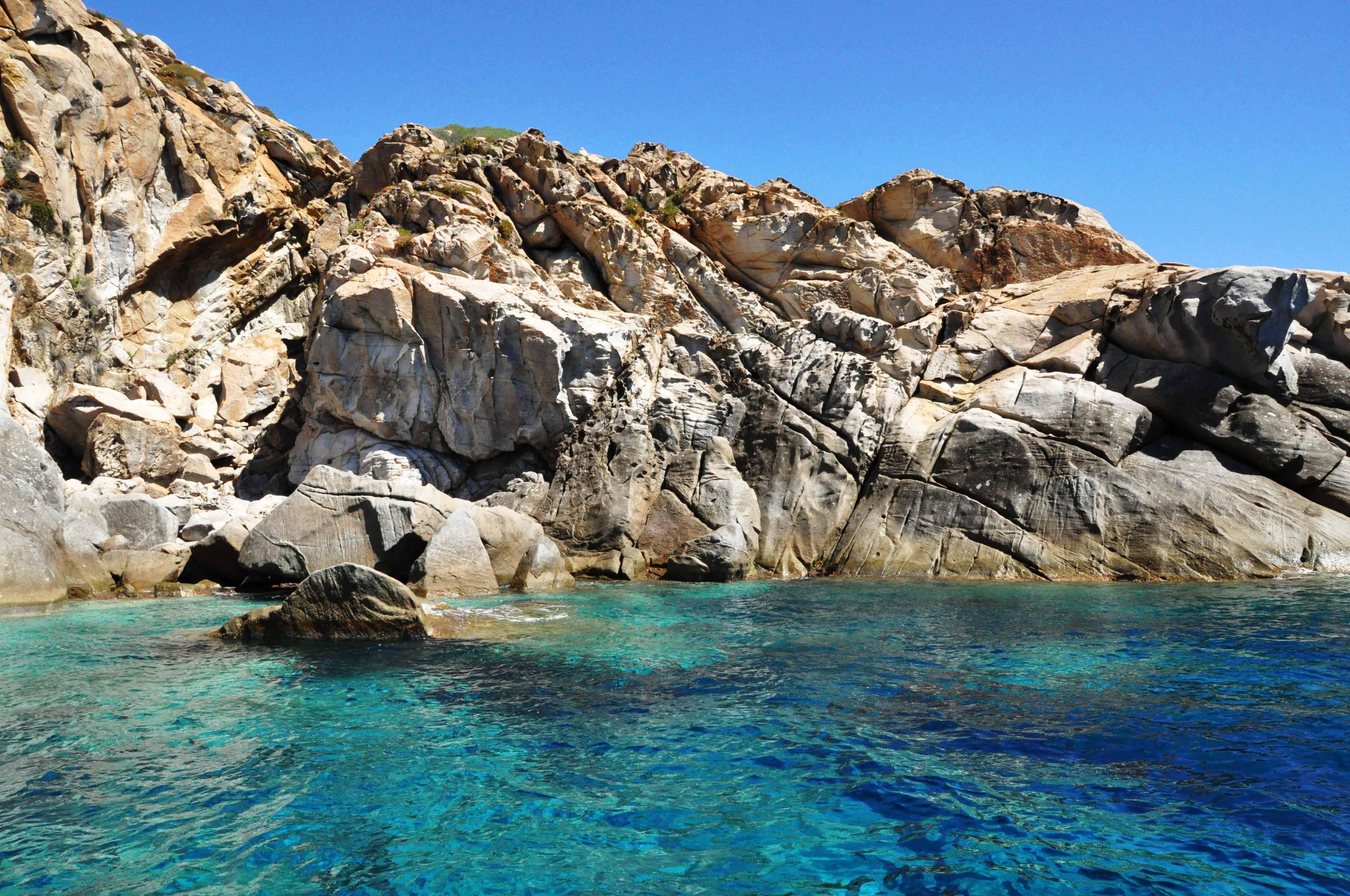 Residence e appartamenti vacanze al mare in toscana per for Immagini sfondo mare
