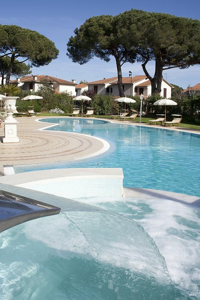Residence e appartamenti vacanze al mare in toscana per famiglie - Piscine roma nord ...